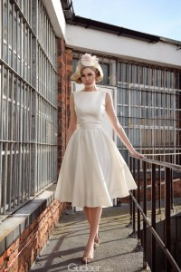 holly-wood-sleeveless-taffeta-knee-length-wedding-dress-1
